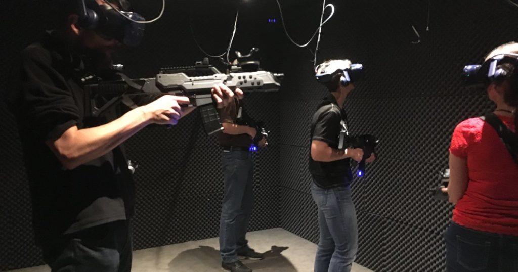 Het Radio 2 Team in onze VR-ruimte